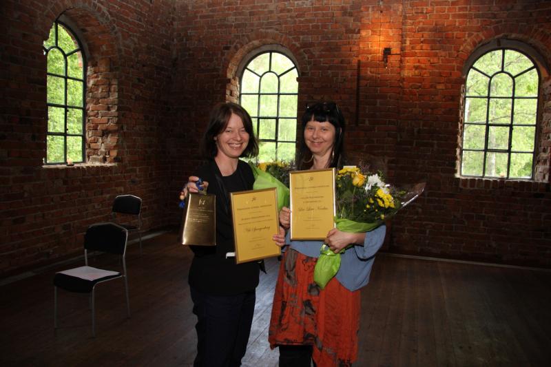 Prisutdelning Lise-Lotte Norelius och Annica Sandh
